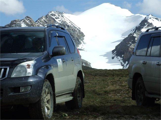 טיולים ג'יפים בקירגיסטן