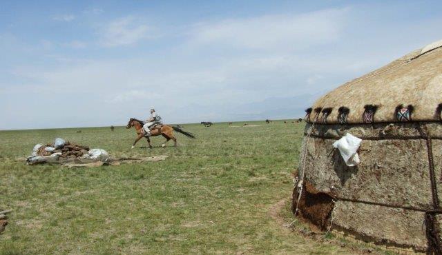 טיול מאורגן לקירגיסטאן
